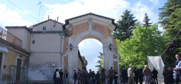 Porta Castello, L'Aquila