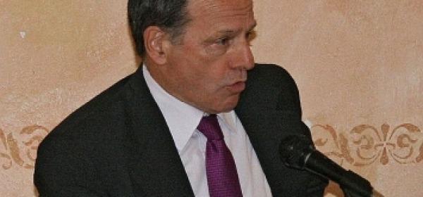Il sindaco uscente Antonio Floris (Pdl)