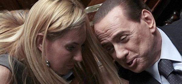 La Biancofiore con Berlusconi alla Camera