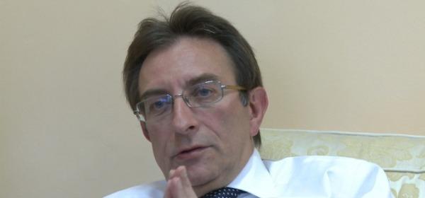 Il sindaco dell'Aquila Massimo Cialente