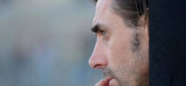 Carmine Gautieri, perplesso durante l'incontro