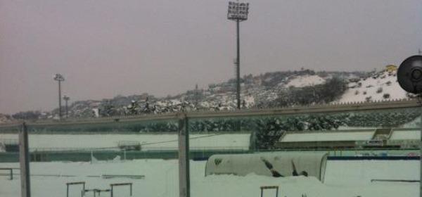 La neve all'interno dello Stadio Angelini di Chieti