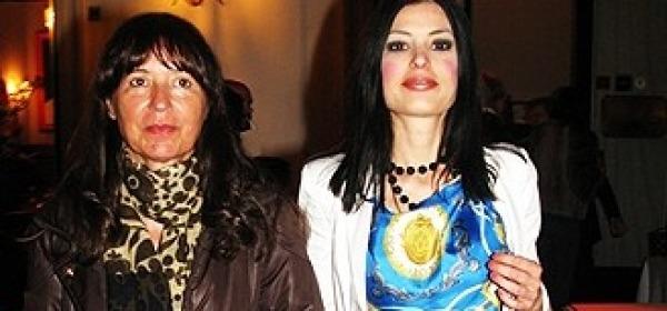 Sara Tommasi con la madre