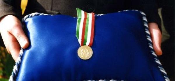 Una medaglia d'oro al merito civile