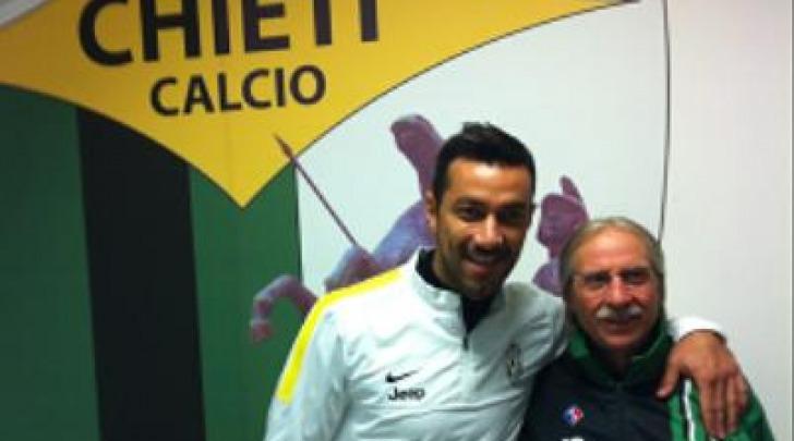 Quagliarella con il magazziniere Gino Mancinelli