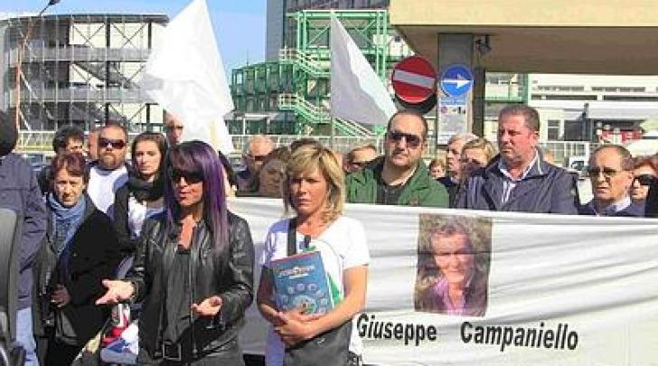 Manifestazione per Giuseppe Campaniello