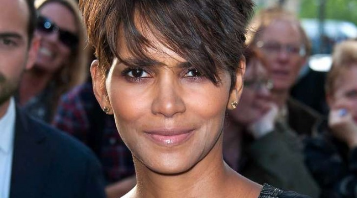 Halle Berry incinta