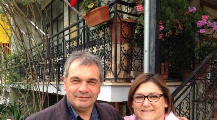Pagliari con un medico di L'Aquila per la Vita, sponsor etico rossoblù
