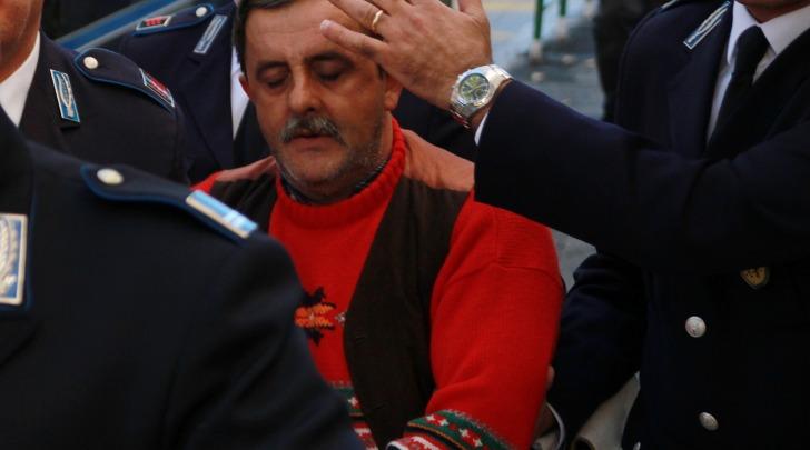 Veli Selmanaj, reco confesso dell'omicidio di moglie e figlia