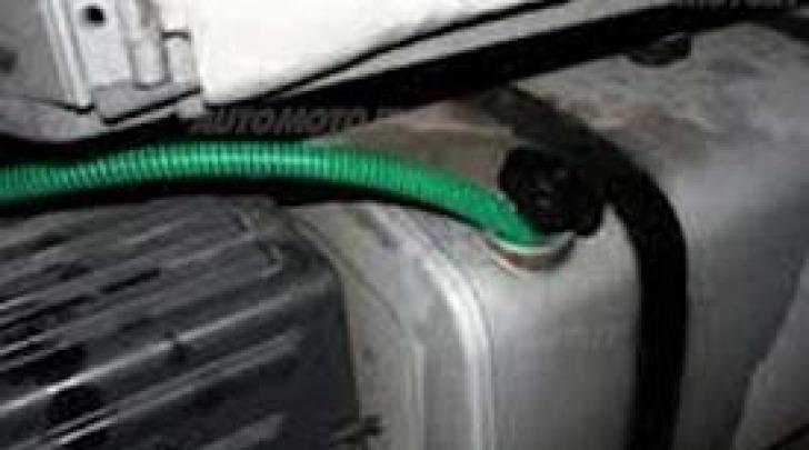 Furto carburante