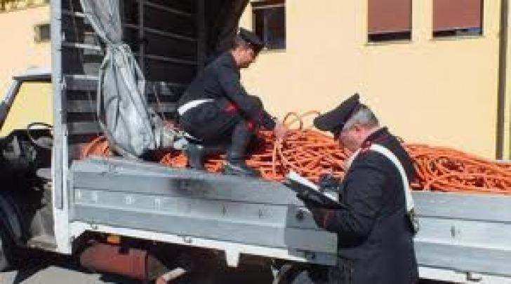 Carabinieri - furto rame