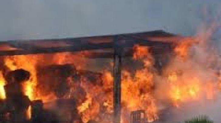 Incendio rimessa agricola