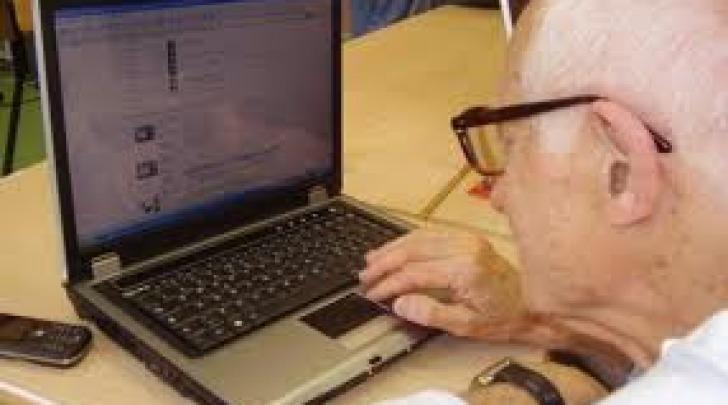 anziani e computer