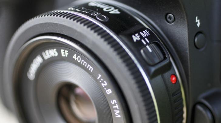 CANON EF 40mm f 2.8 STM