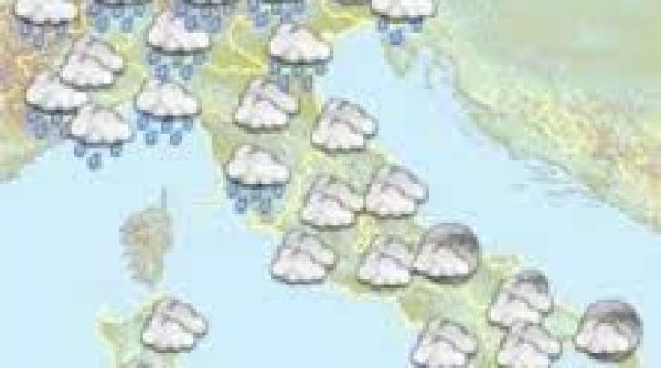 Cartina meteo-nuvoloso con pioggia