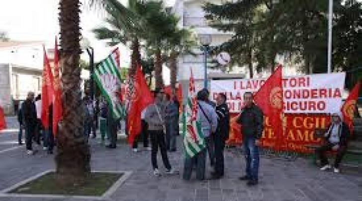 Foto di repertorio manifestazione VECO