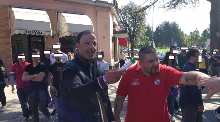 L' abbraccio tra Torro' e Armando Cianca