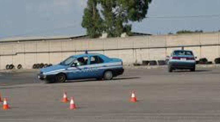 scuola guida polizia