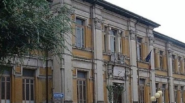 La scuola media Corradini-Fermi