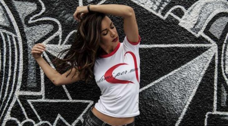Melita toniolo t-shirt