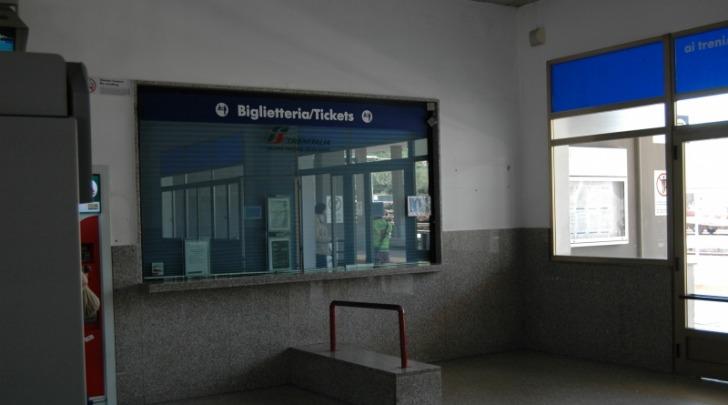 La biglietteria della stazione di Vasto-San Salvo