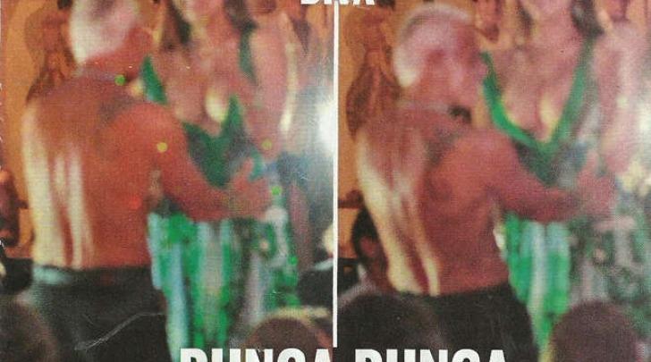 Ruby Rubacuori Topless Pubblico