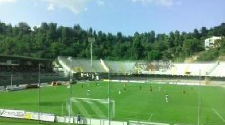 "Un'istantanea del match del ""Del Duca"" (foto di Rocco Bellesi)"