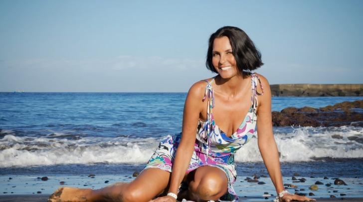 Nina Soldano topless