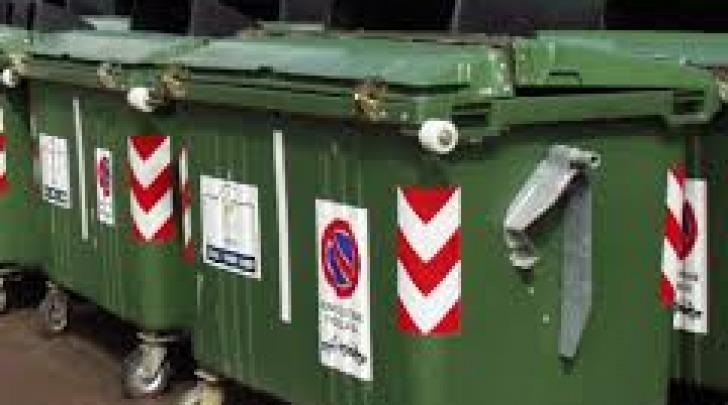 Cassonetti per raccolta rifiuti