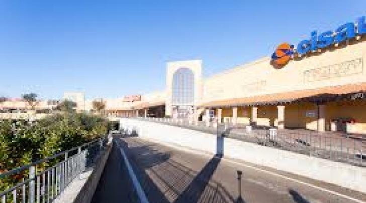 centro commerciale val vibrata