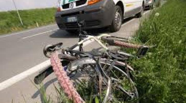 Ciclista investito
