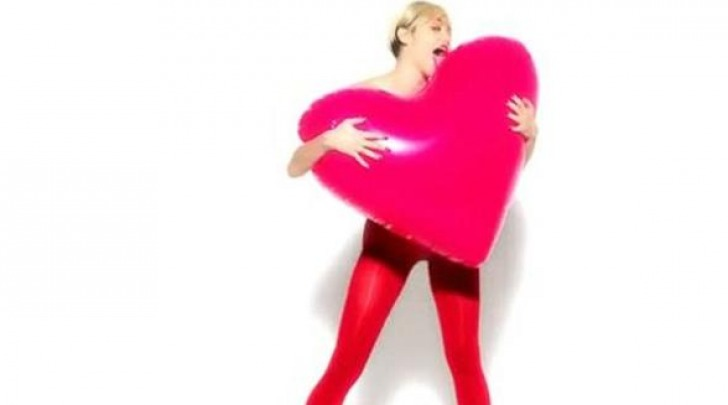 Miley Cyrus GoldenLady