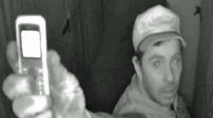 Il selfie del ladro a Vienna