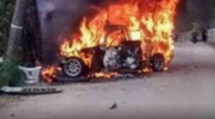 Tragico rally in Spagna; pilota muore tra le fiamme