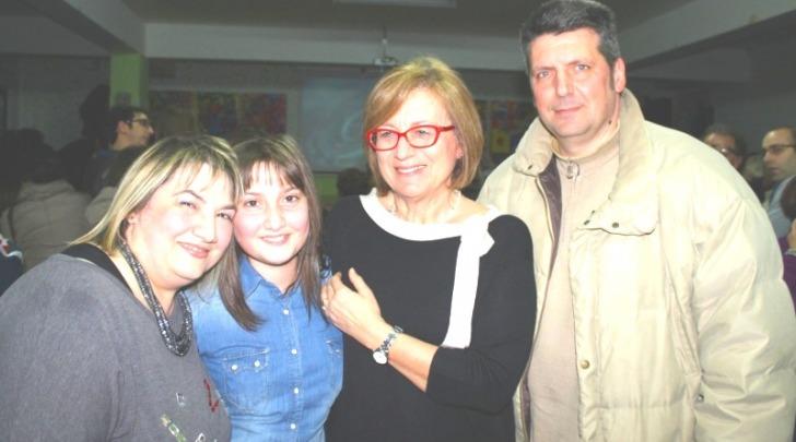 Lucrezia D'Incecco con i genitori ed il sindaco Rapattoni