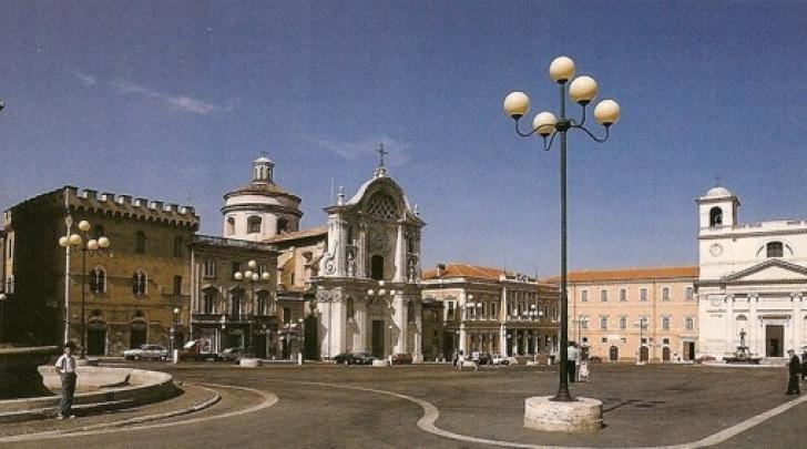 Piazza Duomo -L'Aquila,pre sisma