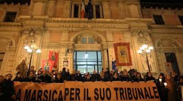 tribunale avezzano -manifestazione