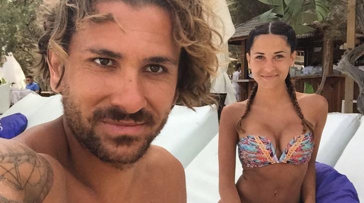 Alessio Cerci e la moglie Federica Ricciardi a Ibiza su instagram
