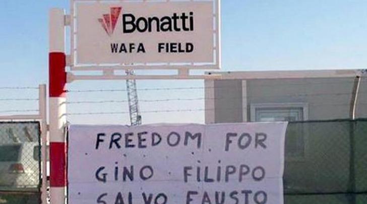 Libia, striscione chiede libertà rapiti