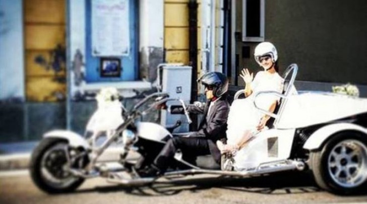 Elisa sulla motocicletta