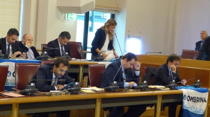 consiglio regionale abruzzo-banchi opposizione