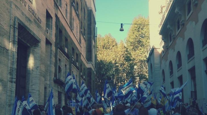 Manifestanti No Ombrina- foto da Ansa