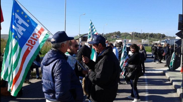 Lavoratori in rivolta in Calabria