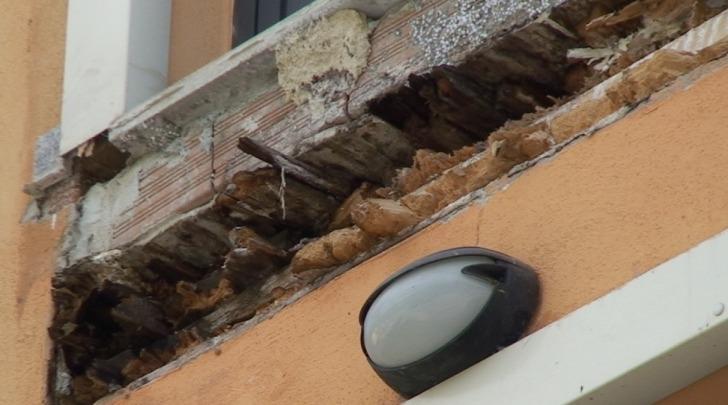 crollo balcone al Progetto CASE