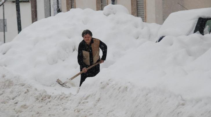 La neve a Trasacco (foto Antonio Oddi)