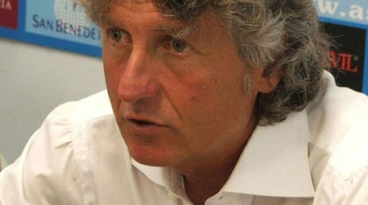 Il tecnico rossoblù Aldo Papagni