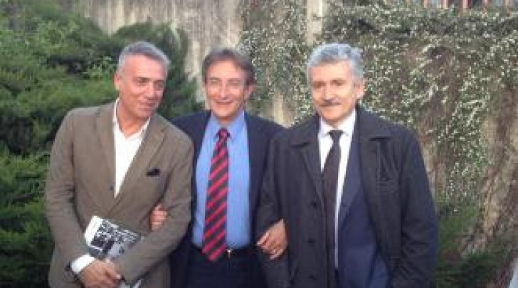 D'Alema all'Aquila con Cialente e Massimo Ghini