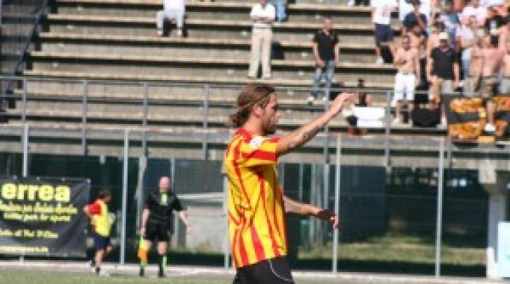 Fabio Rovrena con la maglia del Poggibonsi