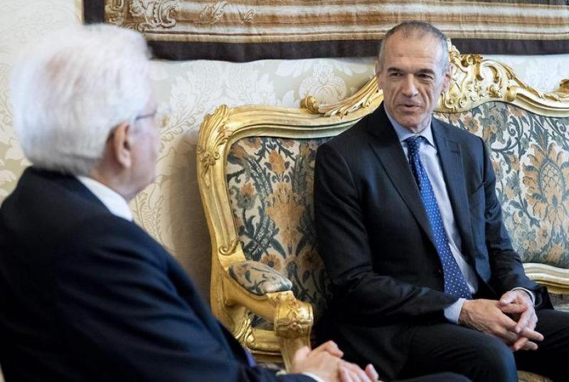 Governo cottarelli al quirinale diretta cronaca for Diretta notizie