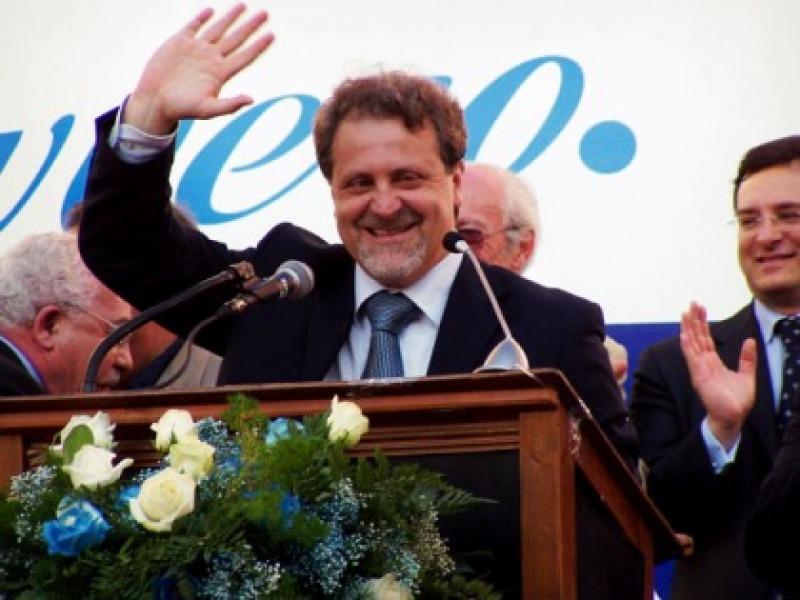 Cordoma: le dimissioni ritirate e la politica dei ...